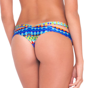 TRIBAL BEACH - Sandy Buns Minimal Coverage Bottom