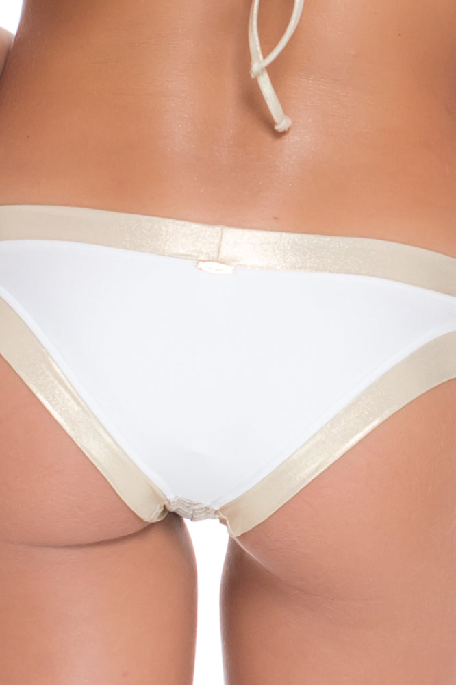 DESERT BABE - Triangle Top & Banded Moderate Bottom • White
