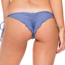 DESERT BABE - Seamless Brazilian Ruched Back Tie Side