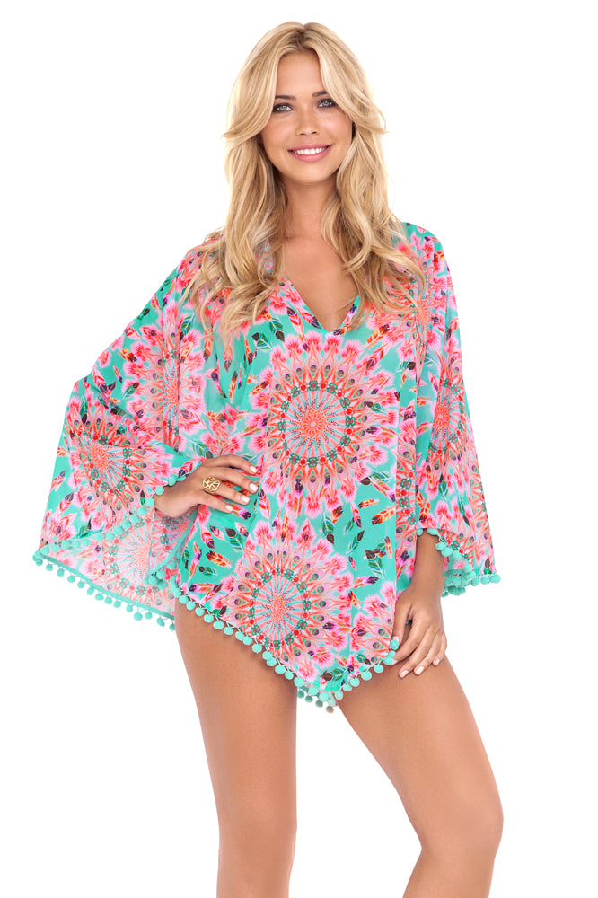 DREAM CATCHER - Pom Pom Poncho • Multicolor