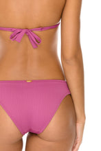 ORILLAS DEL MAR - Triangle Halter Top & Full Bottom • Frambuesa