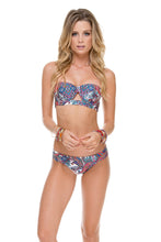 REBELDIA - Cut Out Underwire Top & Moderate Bottom • Multicolor