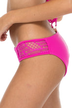 EL CARNAVAL - Push Up Underwire Top & Full Bottom • Fuchsia