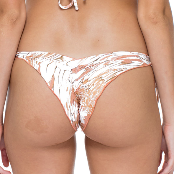 AMOR TABACO Y RON - Wavey Ruched Back Brazilian Tie Side Bottom