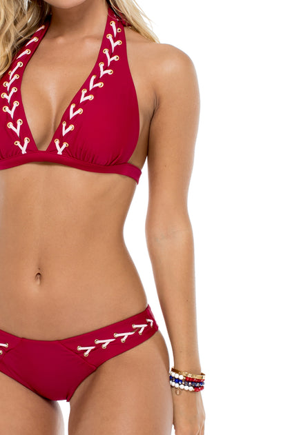 LA CORREDERA - Halter Top & Brazilian Bottom • Vino