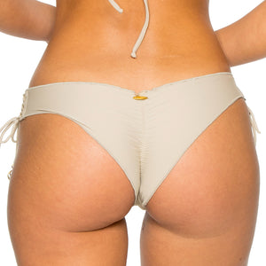LA CORREDERA - Ruched Back Brazilian Bottom