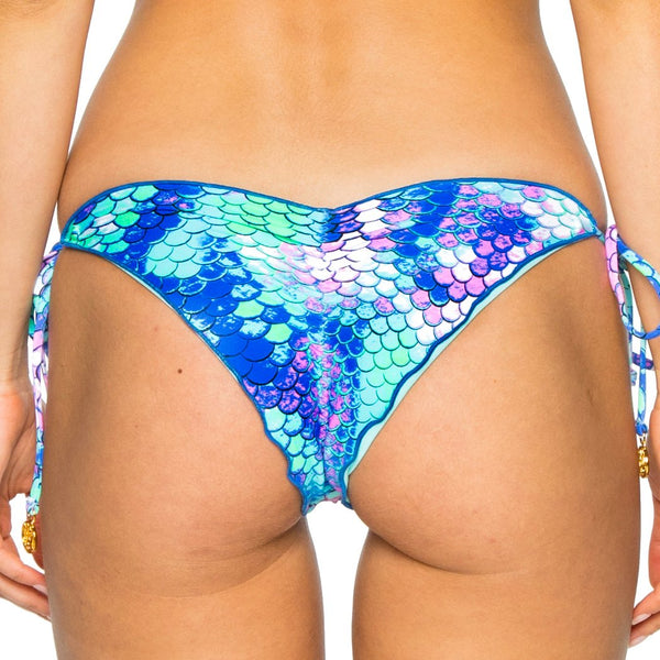 CASA DE LAS SIRENAS - Wavey Ruched Back Brazilian Tie Side Bottom