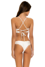 NOCHES DE SEVILLA - Underwire Top & Seamless Wavey Ruched Back Bottom • White