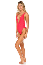 TRIANA - Deep V Crossed Back One Piece • Rojo