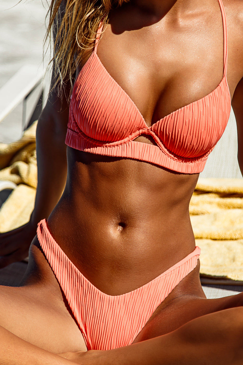 RIVER DANCE - Underwire Top & High Leg Bottom • Coastal Coral