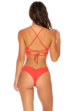 PURA CURIOSIDAD - Underwire Top & Seamless Wavey Ruched Back Bottom • Chili Pepper