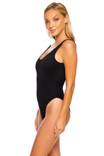 PURA CURIOSIDAD - Tank One Piece • Black