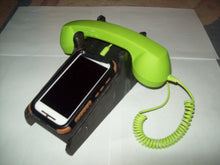 This Retro Phone Protects Your Brain From EMF