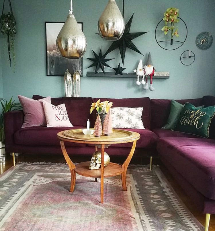 the perfect mix of old and new vintage style eclectic boho nordic twist design decor decoration paint wallpaper up cycling eco wood nature natural flower plant green velvet throw furniture rug room bed living bathroom kitchen tassels frills lamp chair mirror colour colourful