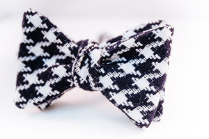 A Rag & Bone Fabric Collection: Navy & White Houndsooth Cotton Bow Tie With A Butterfly Design.