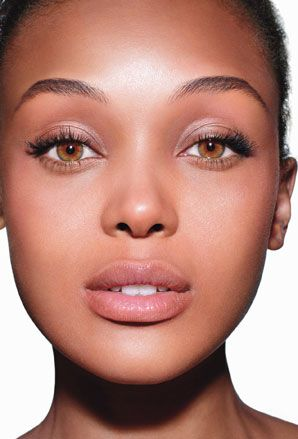 How to Apply Foundation Perfectly Every Single Time