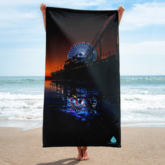 Santa Monica Ferris Wheel Reflection Towel