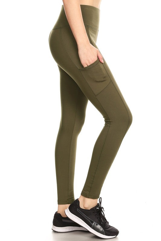 Women's Solid Fleece Sports Leggings in Olive