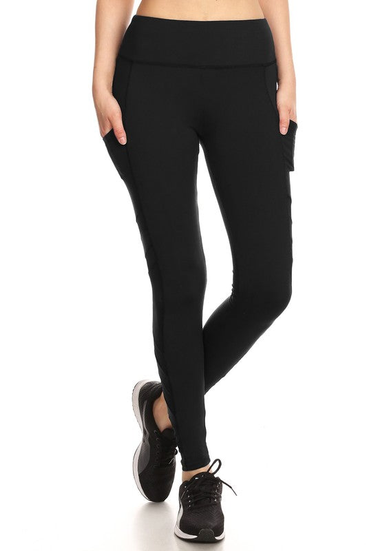 Women's Solid Fleece Sports Leggings in Black