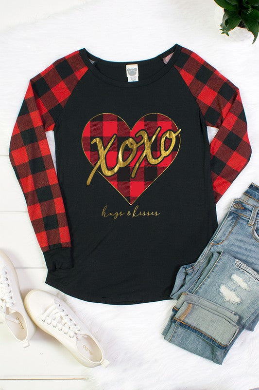 Hugs & Kisses - Women's Plus Size Raglan Top