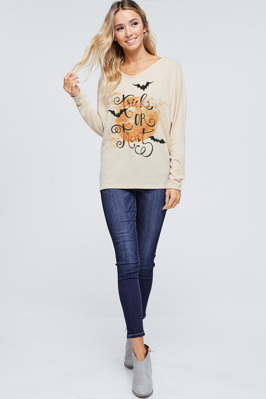 The Trixie - Women's Plus Size Top in Oatmeal