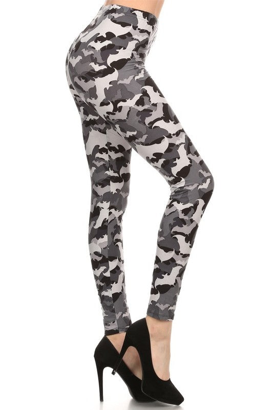 Gone Batty Camo - Women's Plus Size Leggings