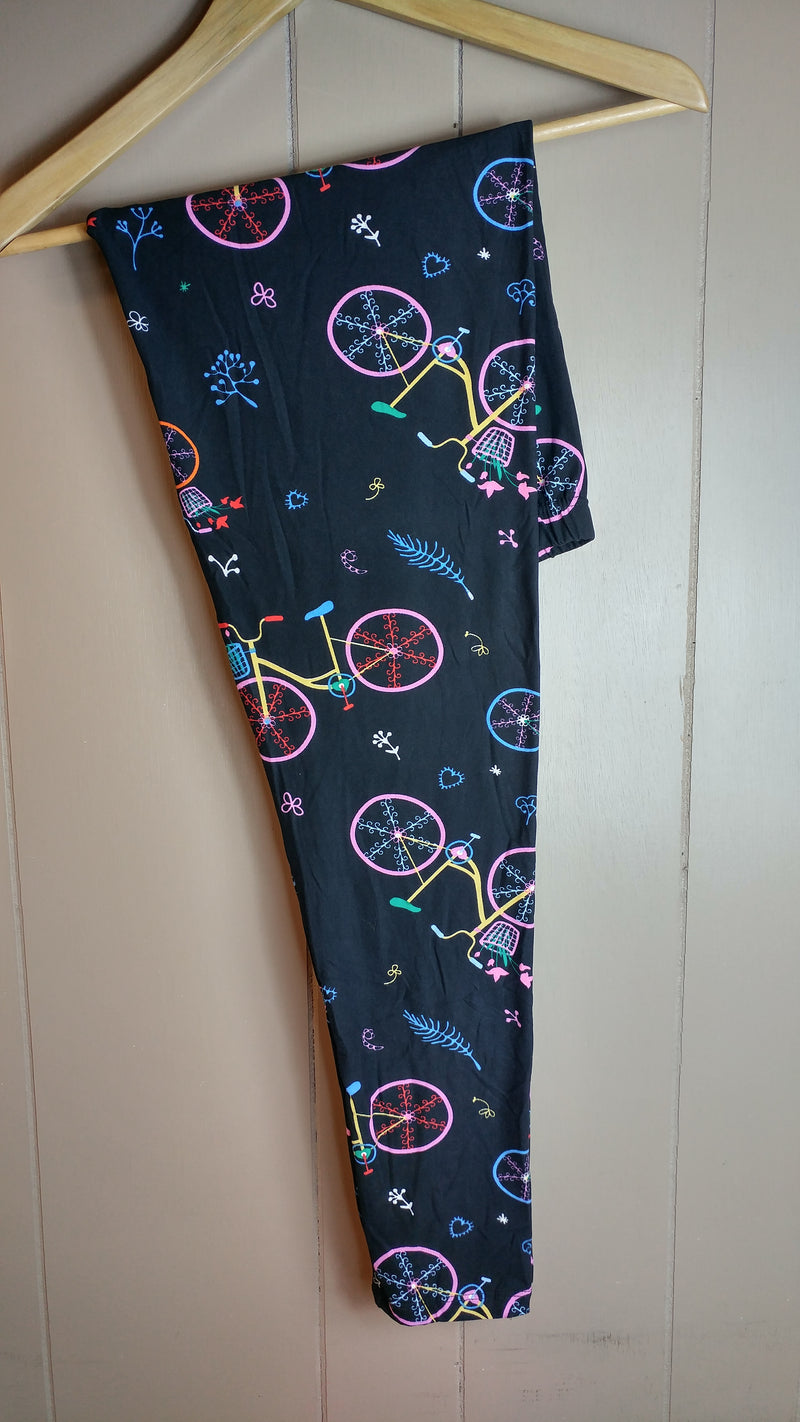 Women's Country Bicycle Leggings - Apple Girl Boutique
