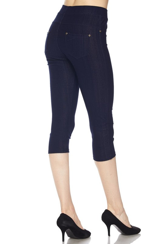 Fashionista Capri Jeggings - Women's Plus Size in Black