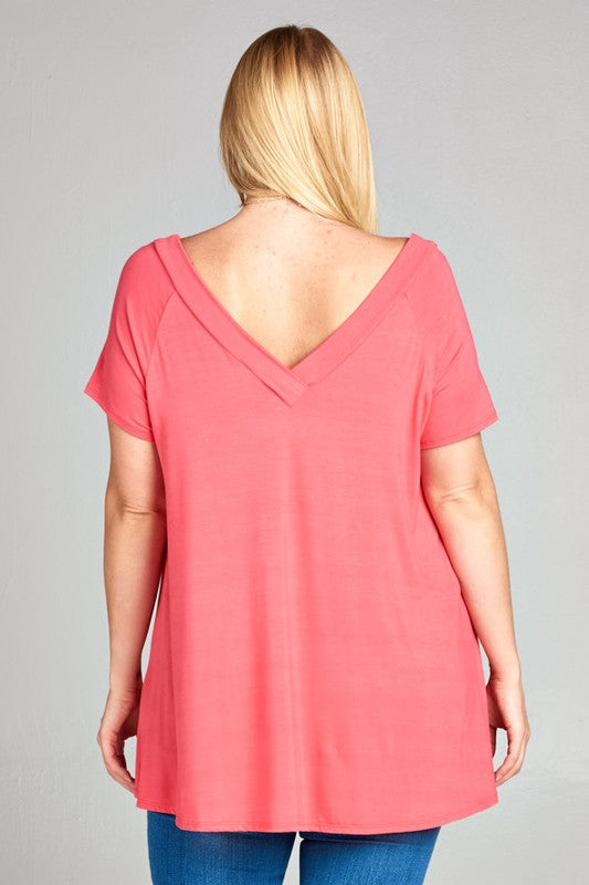 The Rae - Women's Short Sleeve V-Neck Tunic in Coral