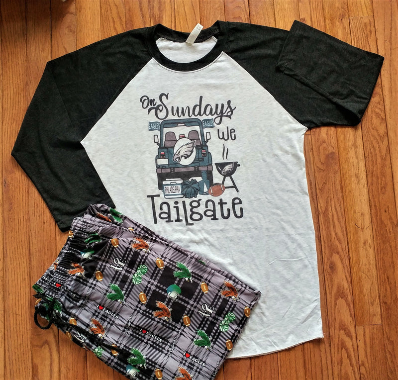 On Sundays We Tailgate - Unisex Raglan Top