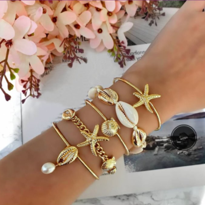 Gold Sea Shell Summer Bangle Five Piece Bracelet Set