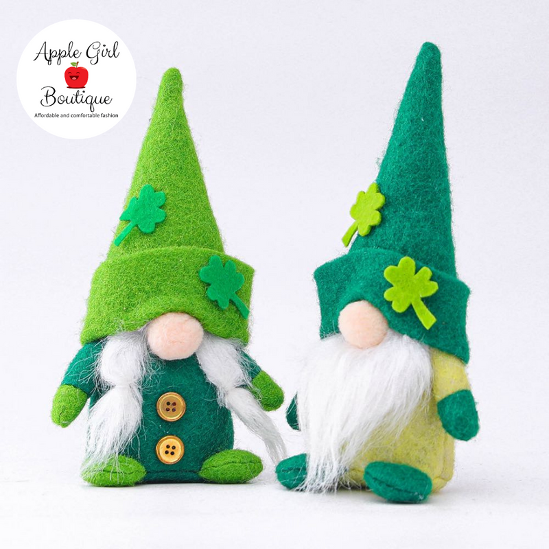 Small Lucky Gnome Couple