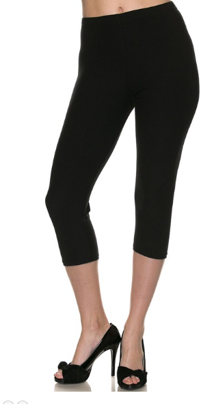 Black Solid - Women's Plus Size Capri Leggings