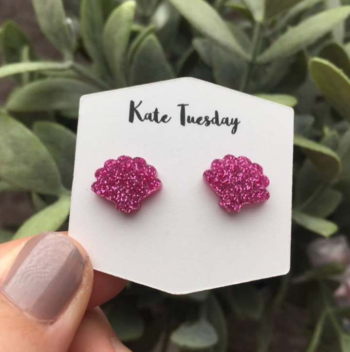 Magenta Clam Shell Stud Earrings