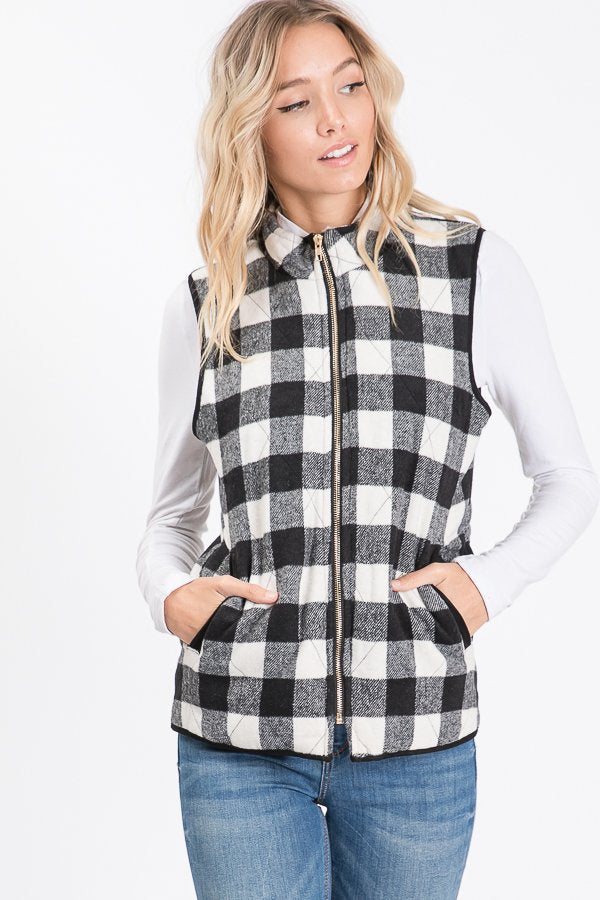 The Kassidy - Women's Plus Size Black & White Fleece Vest