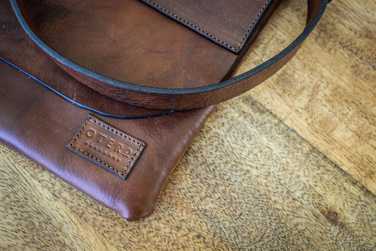 otero menswear leather bag