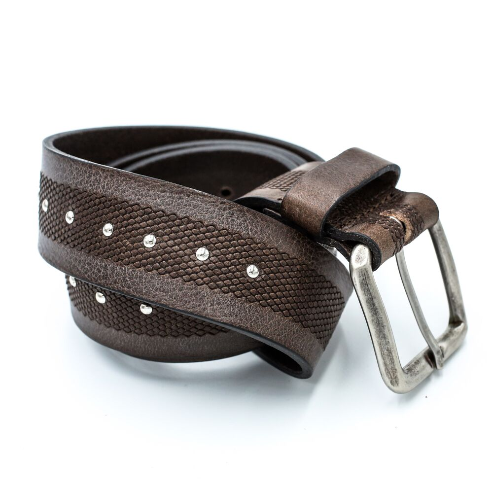 silver buckle riveted black belt