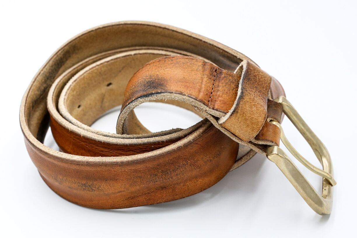 otero distressed cognac leather belt
