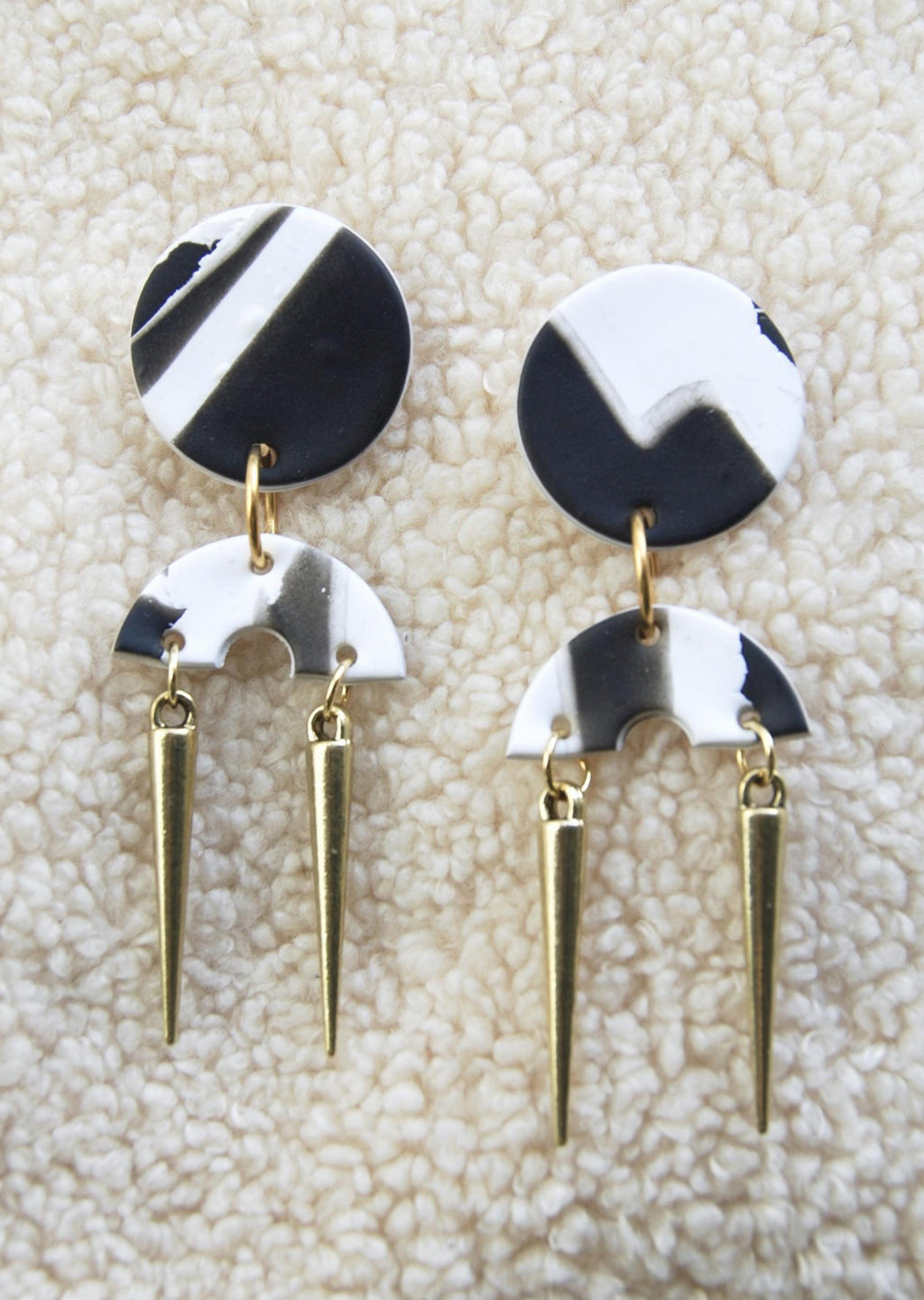 MINX EARRINGS