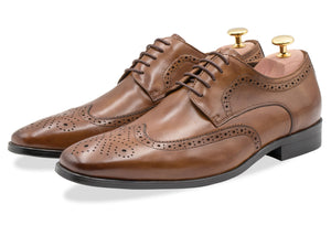Caseros Wingtip Chestnut Derby Leather Shoes