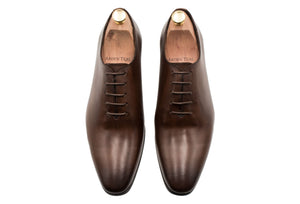Carlota Wholecut Walnut Oxford