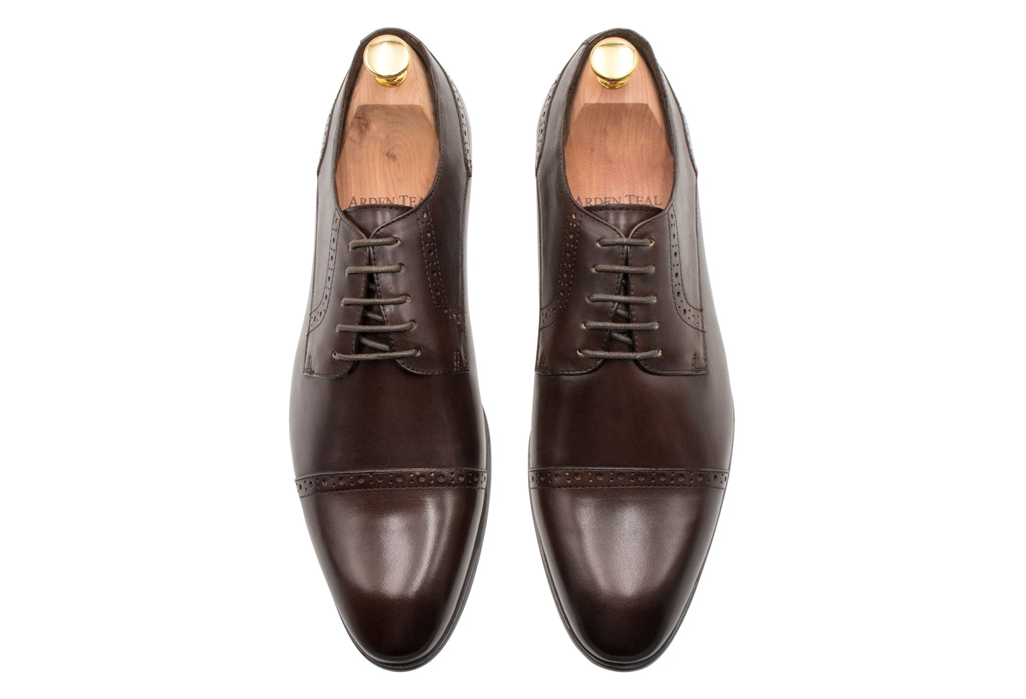 Estero Straight Cap Walnut Derby