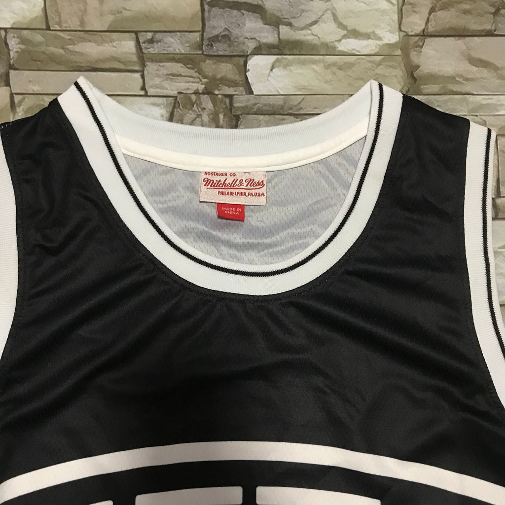 Brooklyn Nets Mitchell & Ness big face Jersey
