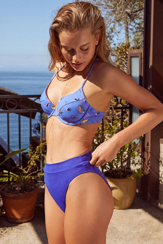 High Waist Crisscross Straps Back Underwire Bikini Swimsuit in Blue