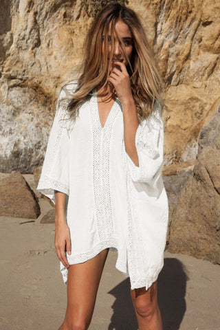 105b20179 Relaxed V Neck Tunic Beach Cover Up in White