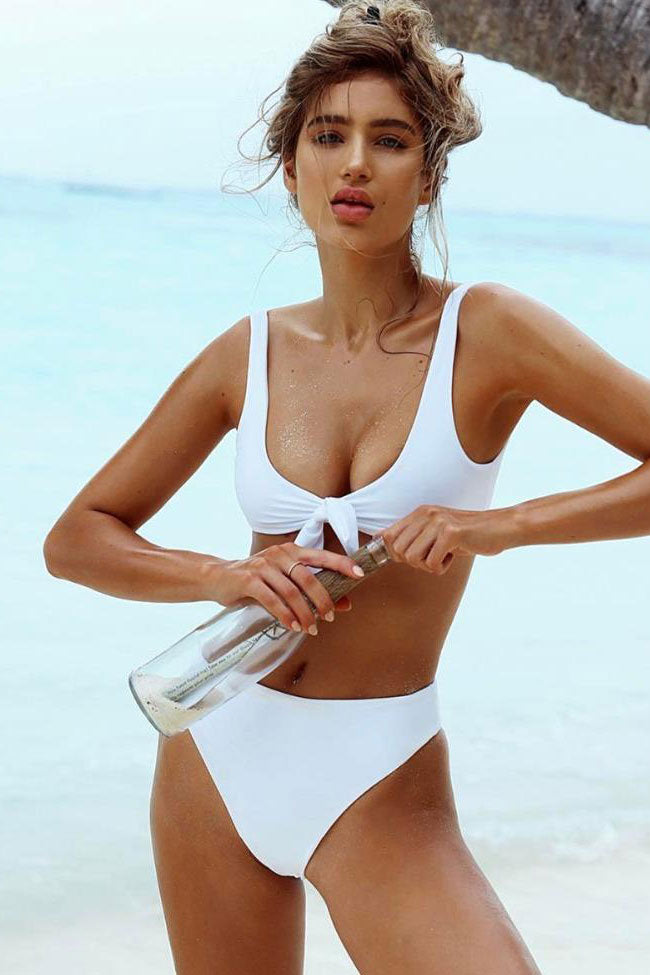 Summery High Cut High Waist Knotted Bikini Swimsuit in White