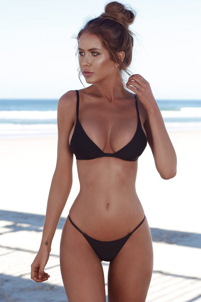 Solid String Cheeky Thong Triangle Bikini Swimsuit in Black