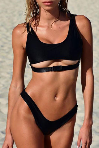 Solid Buckle Front High Cut Crop Bikini Swimsuit in Black