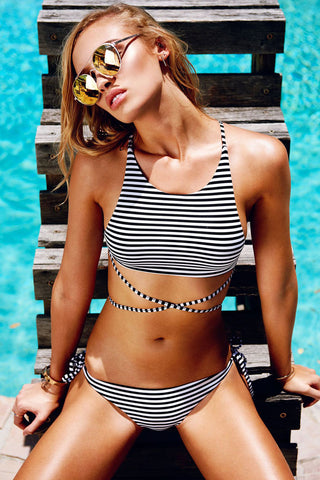 Crisscross Strappy High Neck Tie Side String Bikini Swimsuit in Stripe