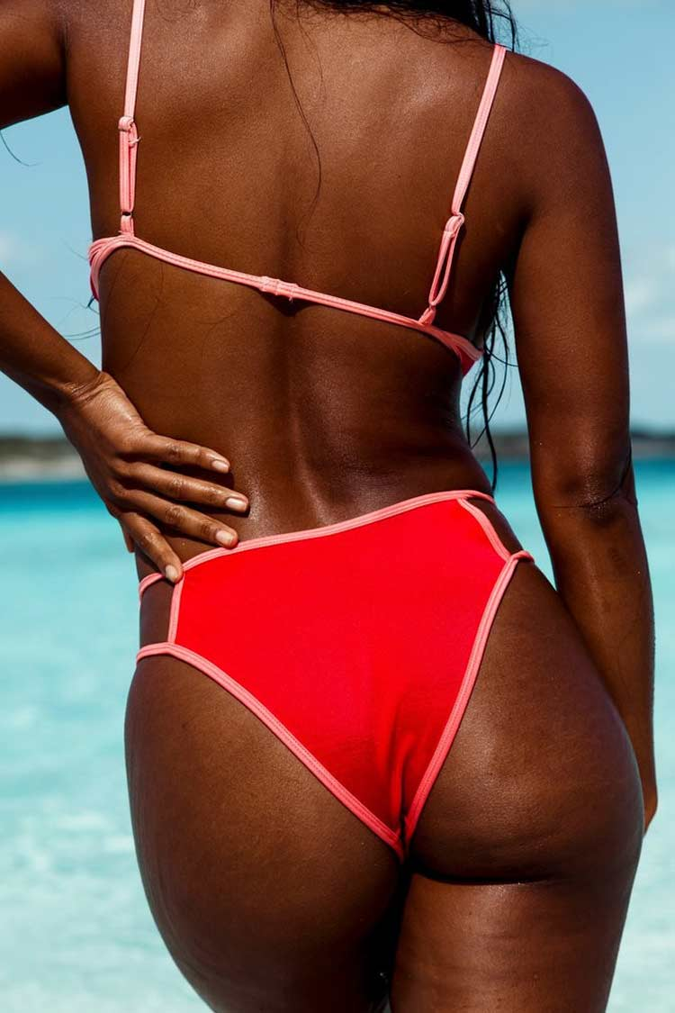 Contrast Cutout Triangle Bikini Swimsuit in Red